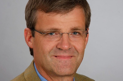 Dr. Thilo Steckel